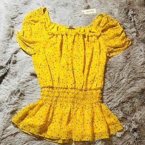 ✨{Max Studio}Mustard Yellow Smocked Waist Top✨